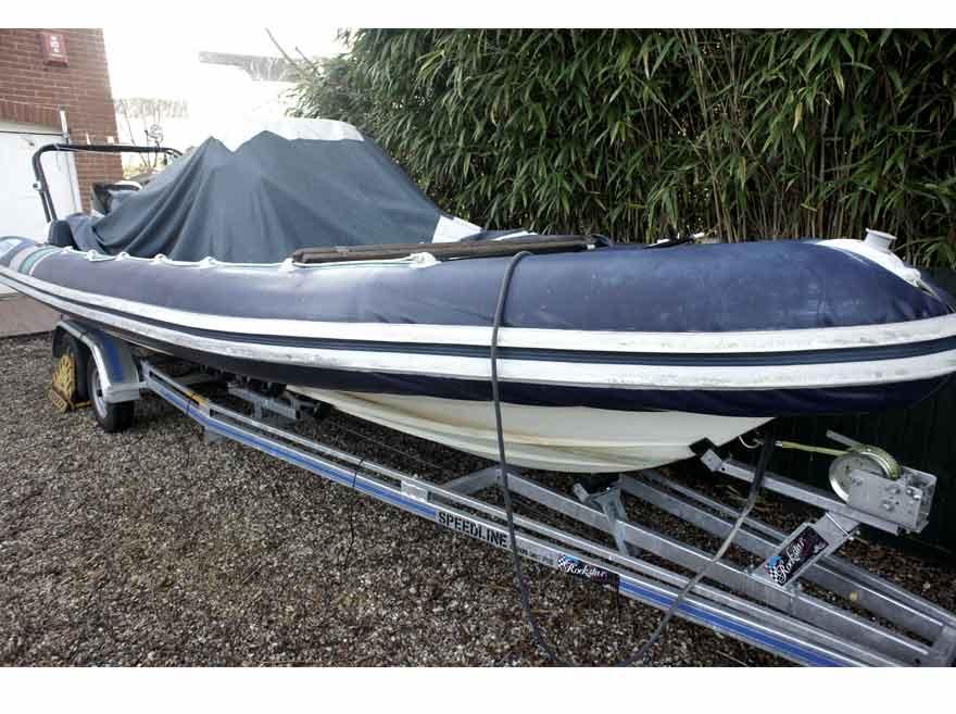 Inflatable boat repair | Hypalon RIB repair | RIB re-tube